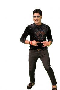 "SINGER & COMPOSER VISHAL SRIVASTAV'S NEW FESTIVE PARTY TRACK ""BILLO"""